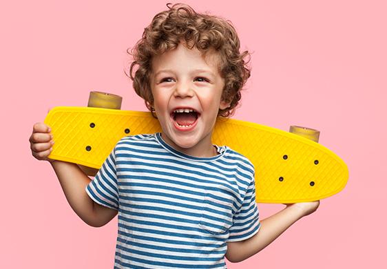Ruházati termékek és cipők fiúknak