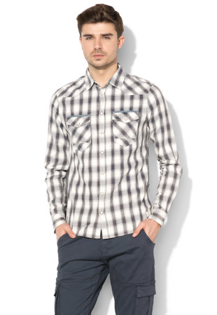 bbfa78bb96 ... Slim fit kockás ing ...
