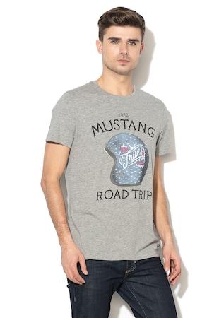 MustangSzövegmintás póló7.999 Ft5.299 Ft · Grafikai mintás póló ... f76af779c5