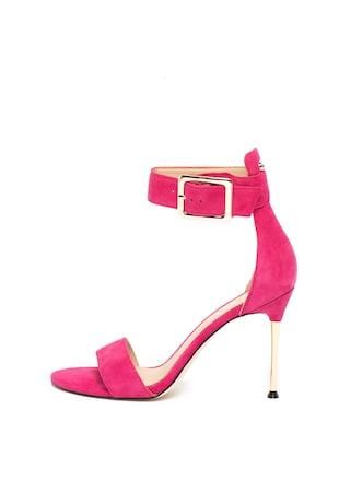 1be1a1df65f Велурени сандали с каишка на глезена ...