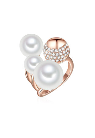 Inel placat cu aur rose si decorat cu perle organice