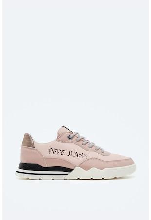 Спортни обувки от еко кожа с нитове