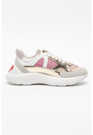 Спортни обувки с еко кожа и лъскави елементи