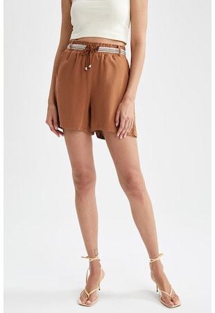 Pantaloni scurti din amestec de in cu snur in talie