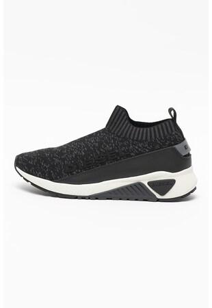 Спортни обувки S-Kb с релефно лого