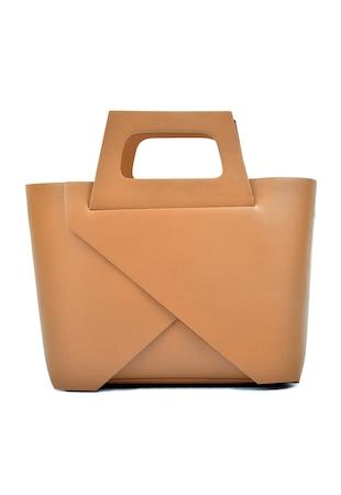 Кожена чанта с релеф