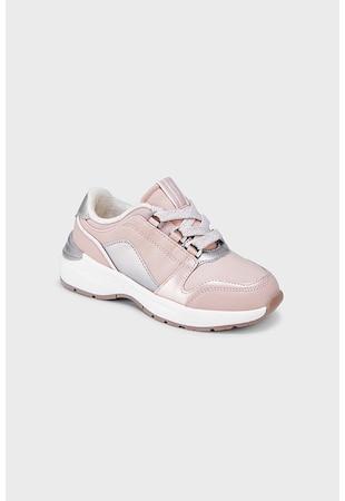 Спортни обувки с кожа и контрасти