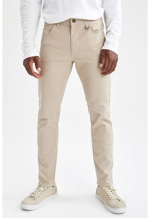 Силно прилепнал панталон