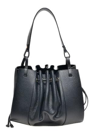 Кожена чанта с релефна повърхност