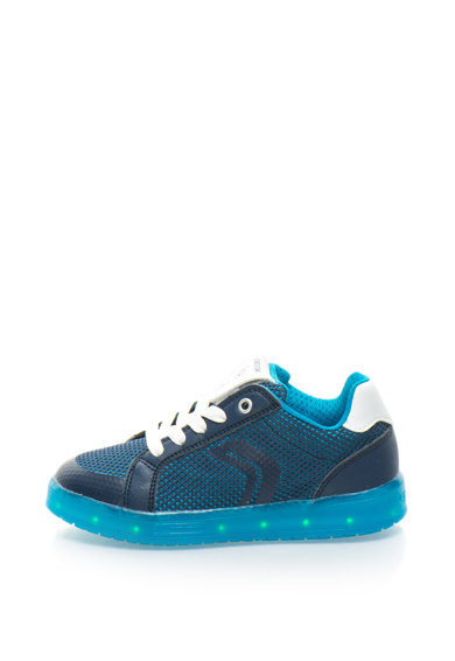 Мрежести спортни обувки Kommodor