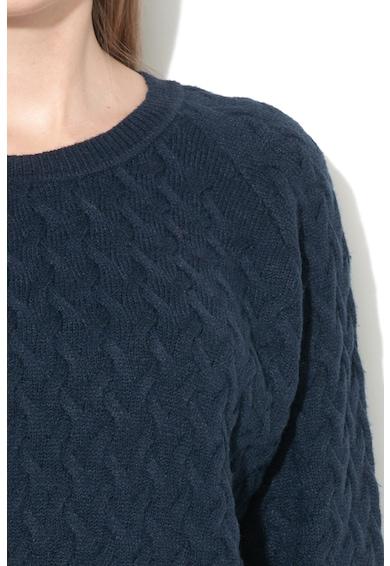 Vila Пуловер с фина плетка Жени