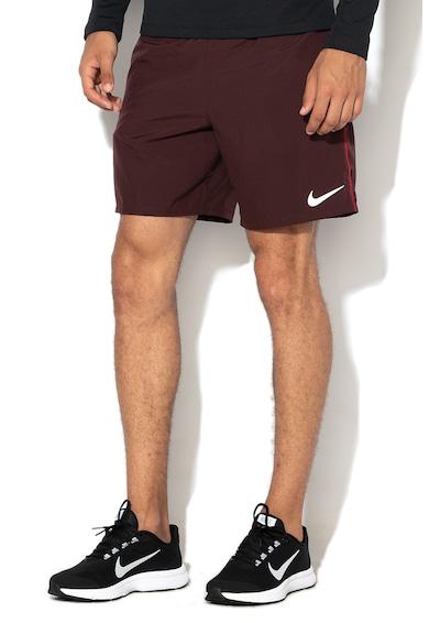 Nike Спортни бермуди със стандартна кройка за бягане Мъже