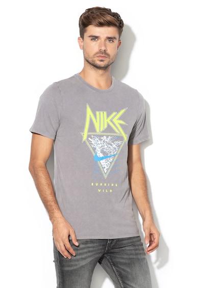 Nike Тениска по тялото за бягане с щампа Мъже