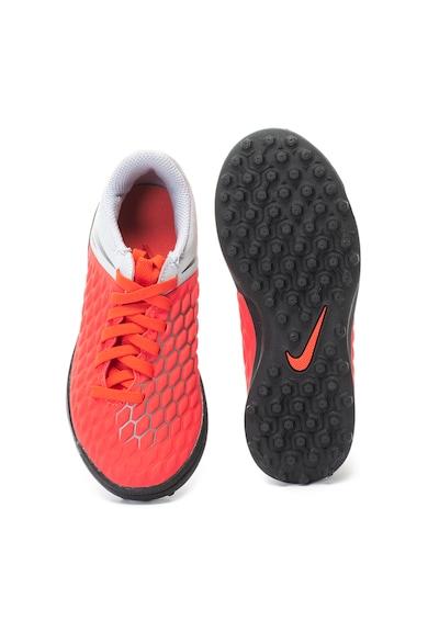 Nike Hypervenom fogazott futballcipő Lány