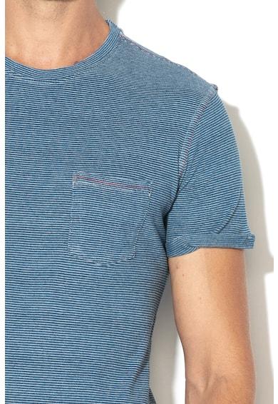 United Colors of Benetton Csíkos póló zsebbel a mellrészen férfi