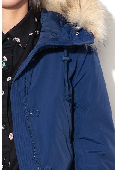 Levi's Jacheta parka cu umplutura cu puf, impermeabila si garnitura de blana sintetica Femei