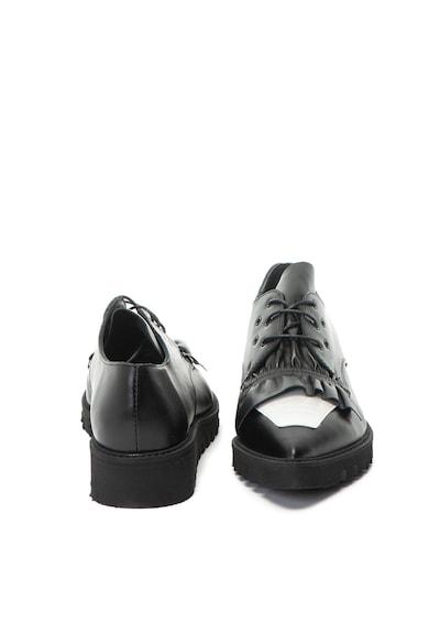Mihaela Glavan Pantofi de piele cu varf ascutit si talpa striata Femei