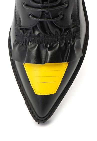 Mihaela Glavan Pantofi casual de piele cu varf ascutit si detalii cu volan Femei