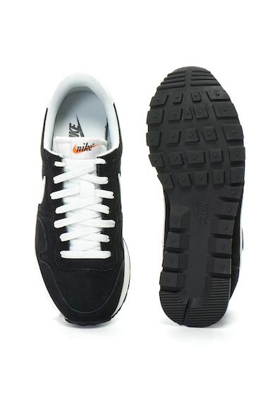 Nike Велурени спортни обувки Pegasus 83 Мъже