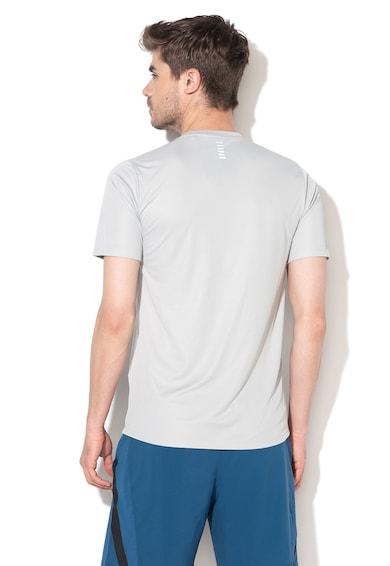 Under Armour Прилепнала тениска за бягане Мъже