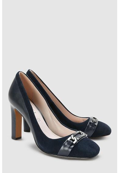 NEXT Nyersbőr cipő fémrészletekkel női