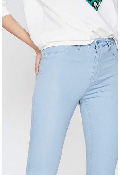 KOTON Pantaloni crop Femei