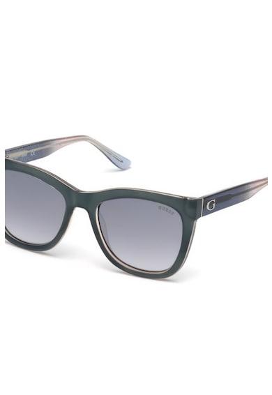 Guess Macskaszem napszemüveg diszkrét logóval női