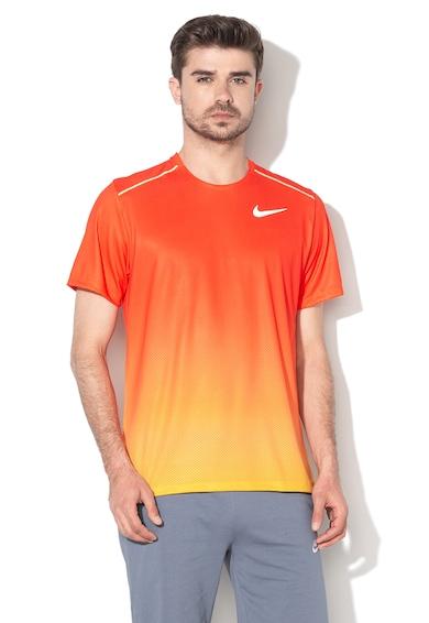 Nike Tricou standard fit cu microperforatii si Dri-Fit, pentru alergare Miler Barbati