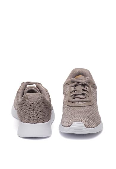 Nike Tanjun könnyű súlyú sneaker párnázott talpbetéttel női