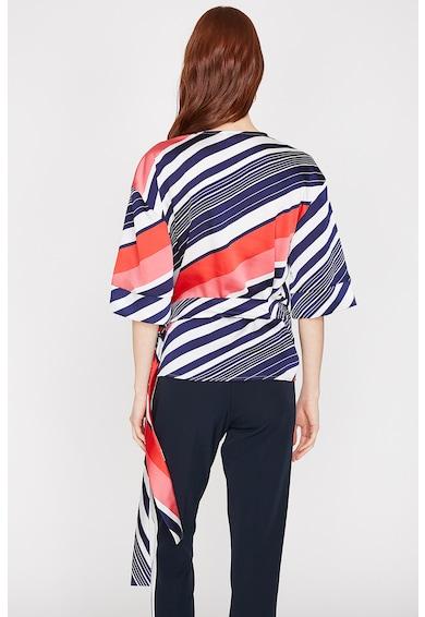 KOTON Раирана блуза със застъпване Жени