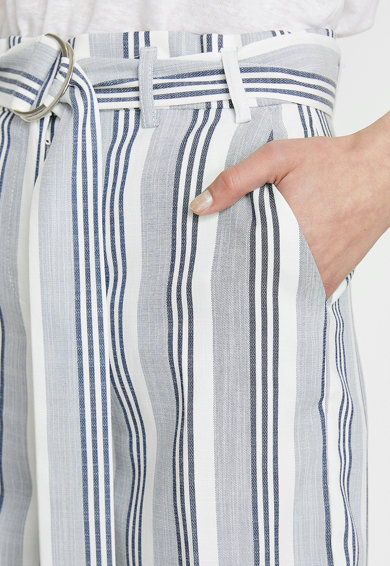 KOTON Pantaloni scurti cu model in dungi Femei