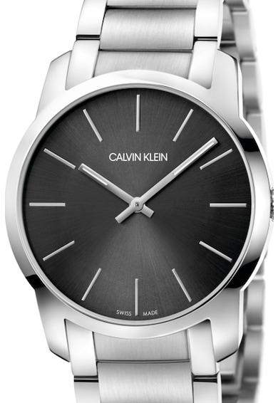 Calvin Klein Ceas rotund analog cu bratara metalica Femei
