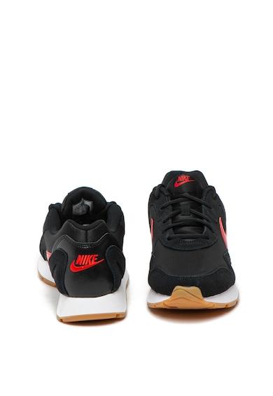 Nike Delfine sneaker nyersbőr részletekkel férfi