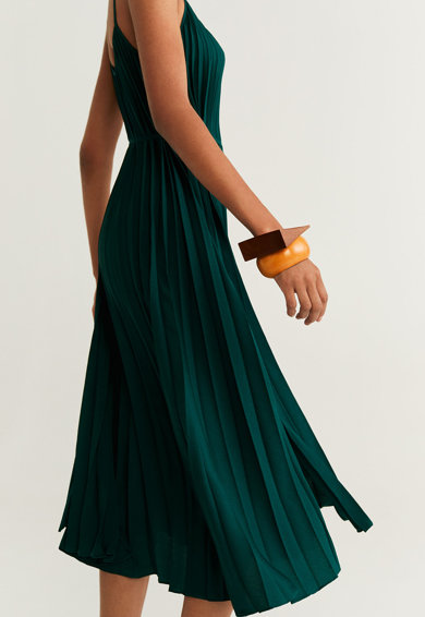 Mango Разкроена рокля Plisado Жени