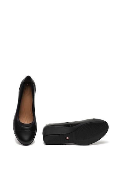 Clarks Pantofi wedge de piele Un Tallara Liz Femei