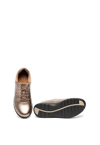 Clarks Pantofi de piele, cu insertii de piele intoarsa Un Adorn Femei