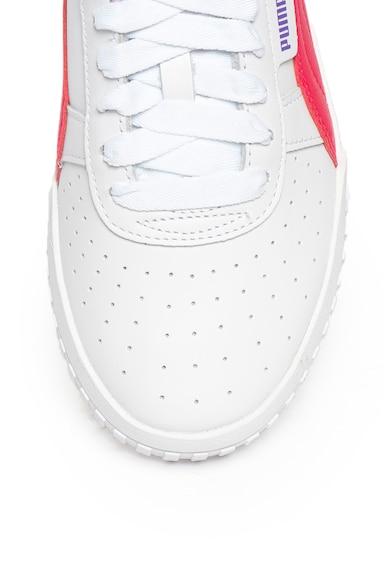Puma Кожени спортни обувки Cali Chase с контрасти Жени