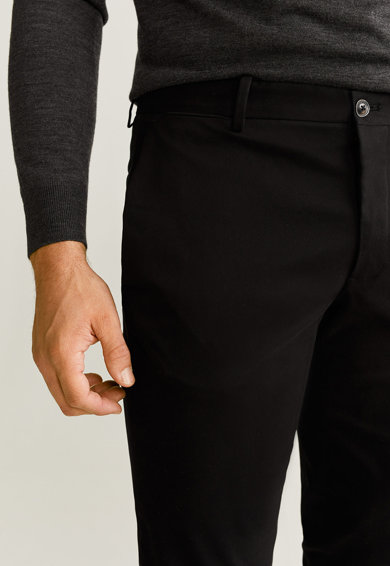 Mango Панталон чино Cordobas по тялото Мъже