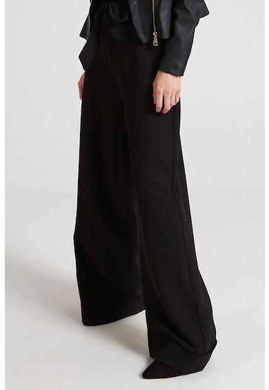 Motivi Pantaloni cu croiala ampla si cordon in talie Femei