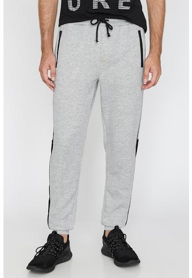 KOTON Pantaloni sport cu buzunare laterale cu fermoar Barbati