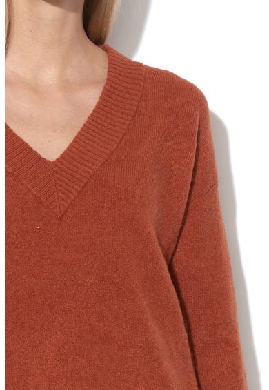 GAP Пуловер с шпиц деколте Жени