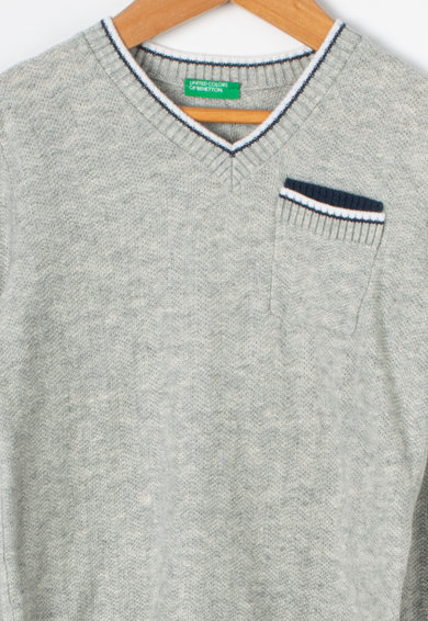 United Colors of Benetton Pulover cu decolteu in V si buzunar aplicat, pe piept Baieti