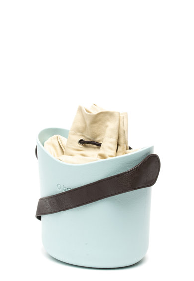 O bag Geanta bucket de cauciuc Femei