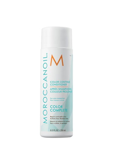 Moroccanoil Pachet Promo  Color Complete pentru par vopsit: Sampon 250 ml, Balsam 250 ml, Spray 160 ml Femei