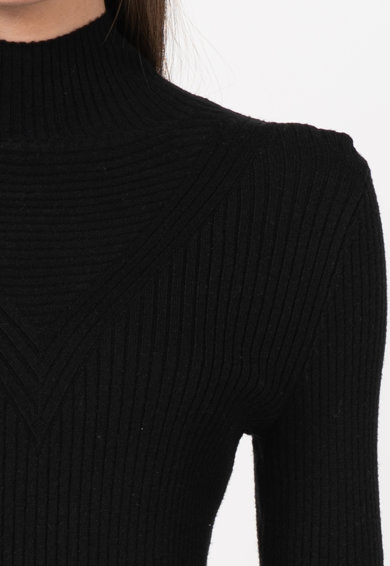 Vila Rochie tip pulover cu striatii si guler inalt Femei
