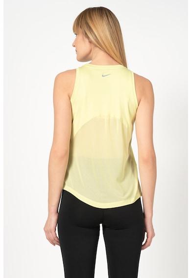 Nike Top cu logo reflectorizant, realizat cu Dri-Fit, pentru alergare Femei