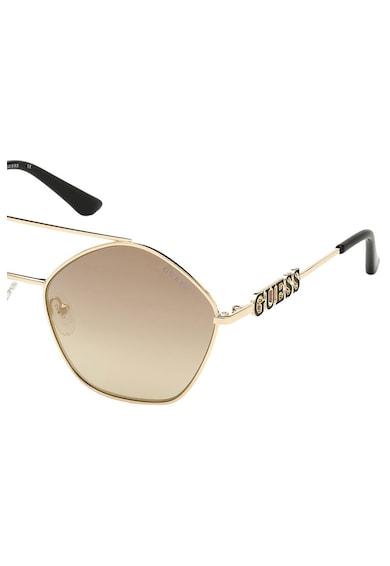 Guess Овални слънчеви очила Cat-Eye с градиента Жени
