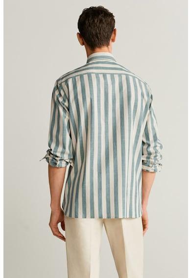 Mango Памучна риза Riley с джоб на гърдите Мъже