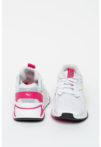 Puma Мрежести спортни обувки Nova с кожа Жени
