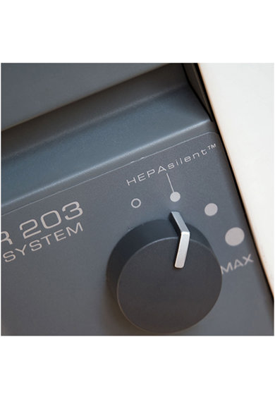 BlueAir Purificator  203 Slim, Filtru SmokeStop (filtru particule+carbon), recomandat pana la 22 m2, Alb Femei